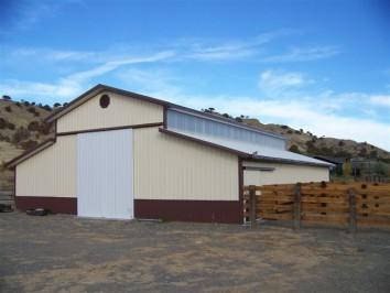 Horse barns archives hansen buildings for Monitor pole barn