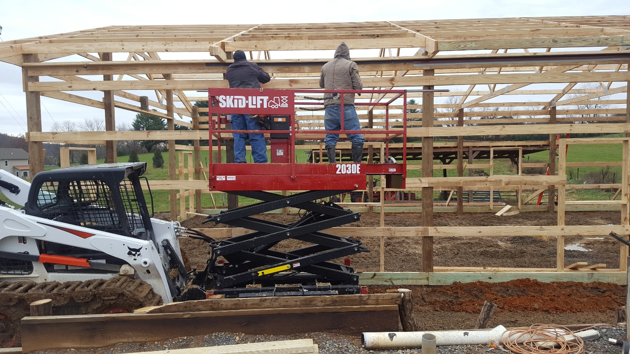 A Skid Lift for Post Frame Building at Heights